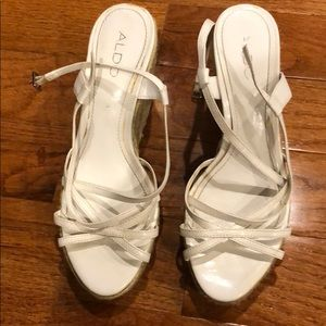 Also White Wedges